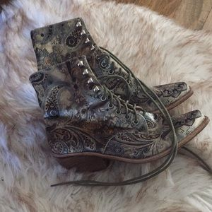 Jeffrey Campbell Free People Paisley shoes!
